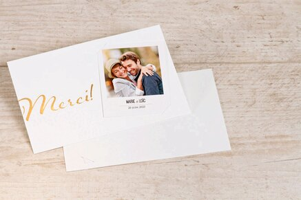 carte-de-remerciements-blanche-avec-polaroid-TA0117-1700011-02-1