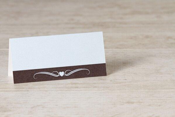 blauw-tafelkaartje-met-bruine-band-hartje-en-krul-TA0122-1500005-03-1