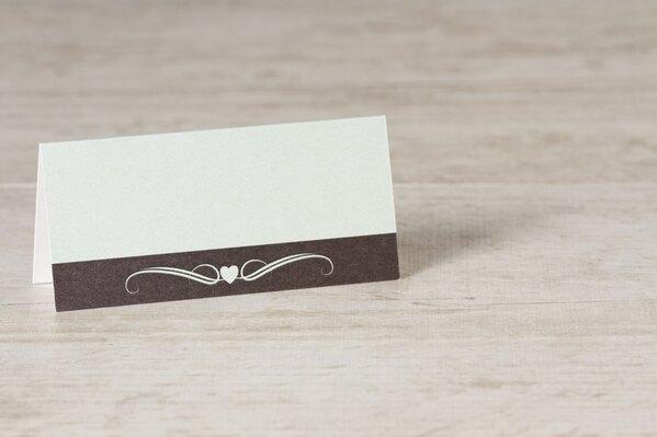 groen-tafelkaartje-met-bruine-band-hartje-en-krul-TA0122-1500006-03-1