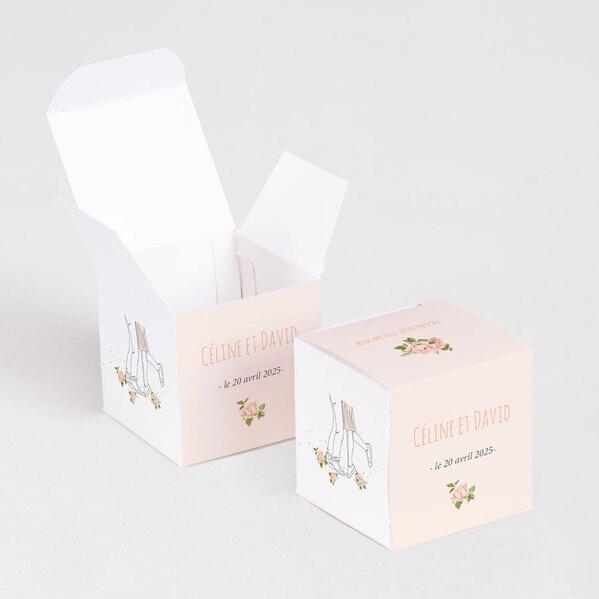 boite-a-dragees-mariage-jeunes-maries-et-fleurs-TA0175-1900014-02-1