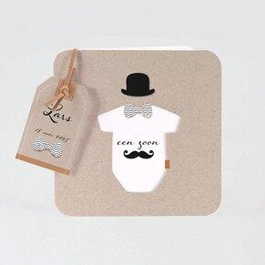 stoer-geboortekaartje-met-snor-en-losse-tag-TA05500-1800016-03-1