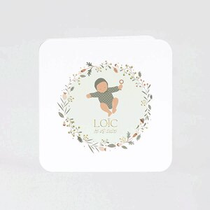 goudfolie-geboortekaartje-baby-in-bloemenkrans-TA05500-2100014-03-1