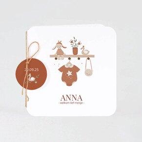 babykaartje-met-label-in-warme-aardetinten-TA05500-2100019-03-1
