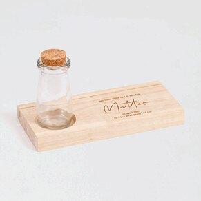 houten-kaarthouder-met-glazen-vaasje-TA05813-2100001-03-1