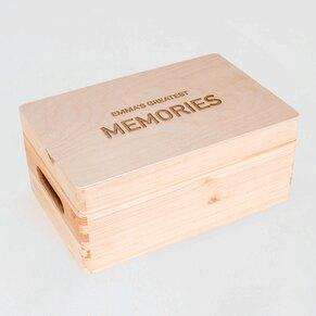 houten-geboortekist-met-naam-klapdeksel-TA05822-2100001-03-1