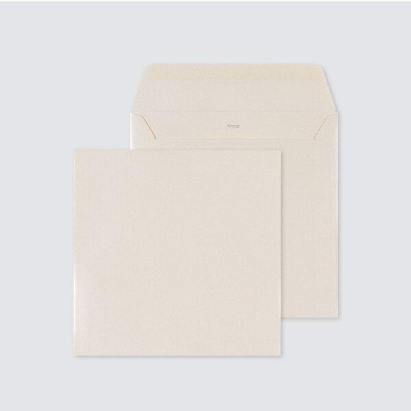 ecru-glanzende-envelop-17-x-17-cm-TA09-09602503-03-1