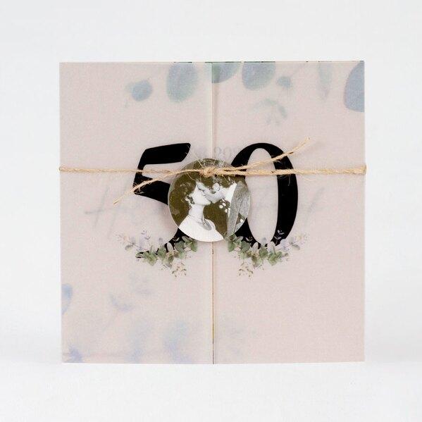 eco-uitnodiging-met-eucalyptusprint-en-fotolabel-TA1327-2000022-03-1