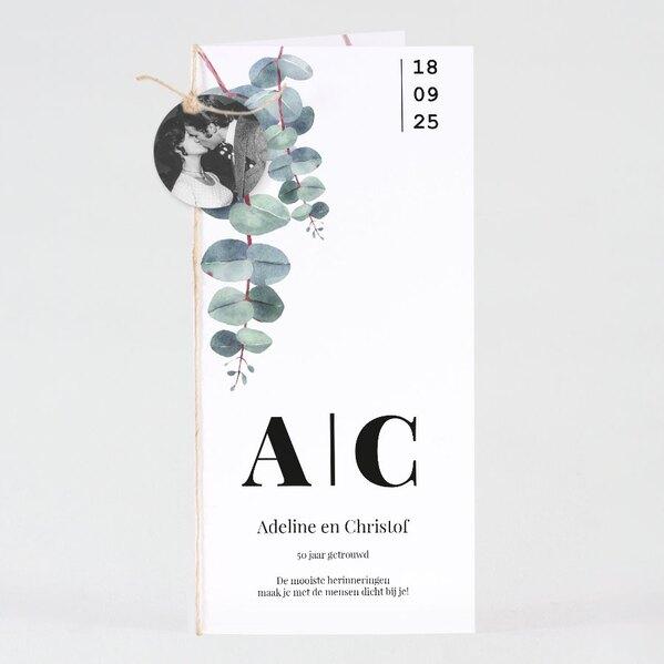 uitnodiging-met-eucalyptusprint-en-rond-fotolabel-TA1327-2000023-03-1