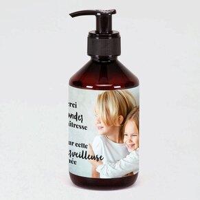 distributeur-lotion-hydratante-mains-maitresse-merveilleuse-TA13806-2100001-02-1