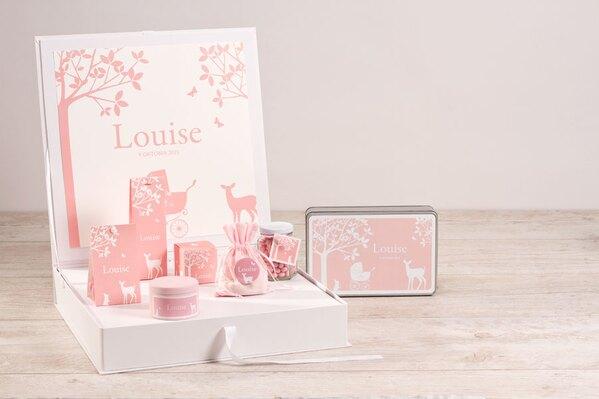 presentatiedoos-met-geboorteposters-silhouet-bos-roze-TA1573-1800110-03-1