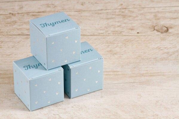 kubusdoosje-multicolor-met-hartjes-in-zilverfolie-voor-doopsuiker-TA1575-1700001-03-1