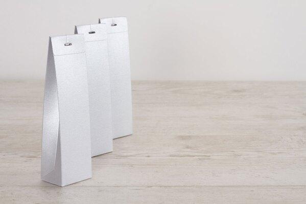 blanco-zilveren-hoog-tasje-voor-suikerbonen-TA771-008-03-1