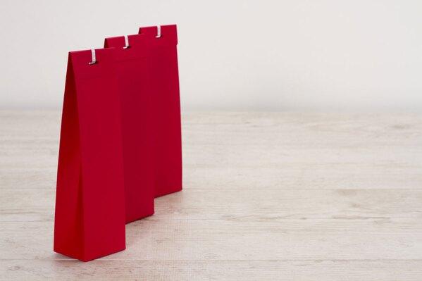 blanco-rood-hoog-tasje-voor-suikerbonen-TA772-023-03-1