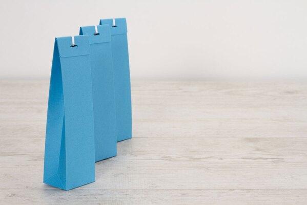 blanco-azuurblauw-hoog-tasje-voor-suikerbonen-TA779-017-03-1
